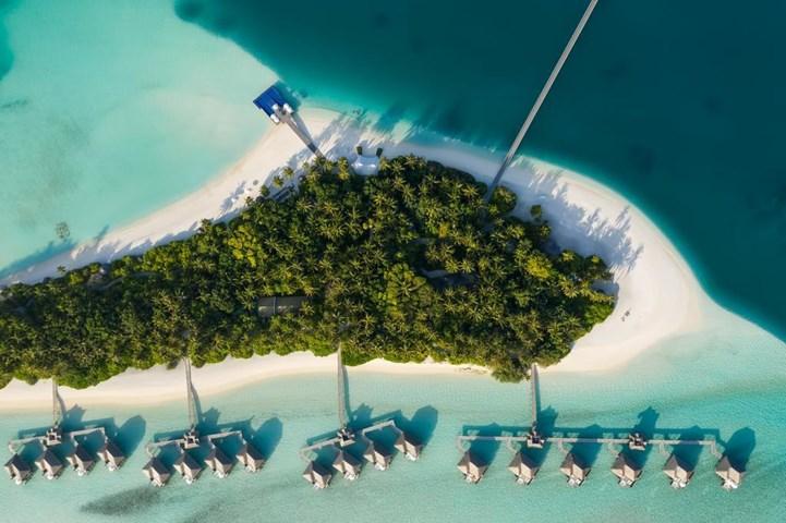 فندق تحت الماء في جزر المالديف